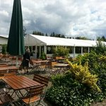 Additional outside service, patio or heated tent