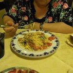 stingozzi in bianco con pomodorini e asparagi selvatici