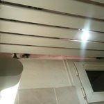 Plafond de la salle de bains