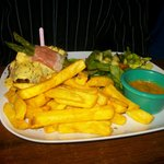 Lomo maradona- steak with asparagus and king prawns