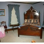Cottage Suite Blue Room