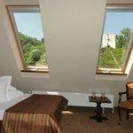 Hermosa habitacion con vista a la Torre Blanca, ... pero sin ascensor en el tercer piso