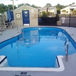 Seaonal Pool Up To 3.5 ft