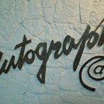Autograph Sign