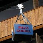 Pizza Gondel