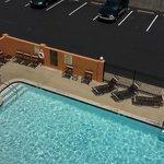 pool view, very clean