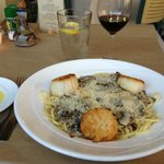 fettucine with scallops