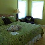 Zen Cottage - bedroom