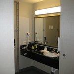 Vanity / sink area