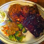 Sampler platter: Ribs, pork, beef with coleslaw and mixed veges