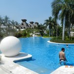 Tower 1 Pool - Grand Luxxe
