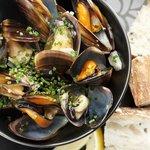 Bistro 1800 Mussels