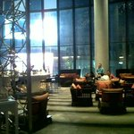 Loung+Bar area, on 6th flr (view from Reception area)