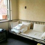 Улучшенный трехместный номер, дополнительная кровать