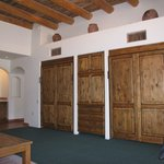 beautiful large rooms in villa