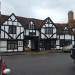 The Kings Arms Hotel from the Main street, Old Amersham