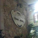 Menas Taverna