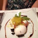 motsorella and olive pate