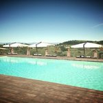 piscina esterna con vista