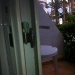 POOR LOCK FOR EXTERNAL DOOR