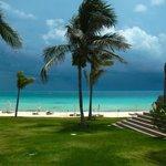 The stormy Bahamas