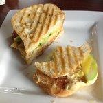 Hummus sandwish