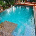 Foto de RNR Eco Adventures Pool Villa Resort & Hostel