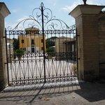 Villa Collio - San Severino Marche (Cancellata di un ingresso)