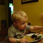 Min søn der spiser
