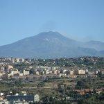 vue de l'Etna depuis le balcon