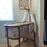 Danish crib