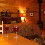 The Big Sky Getaway cabin - premiere luxury with all the amenities for the perfect vacation!