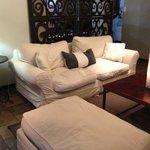 Restaurant/Lounge corner