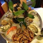 piatto di frutti di mare per una persona