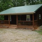 Cabin 3 2 bedrooms, full kitchen, sleeps 6