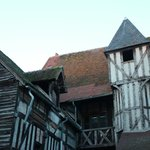 Détail d'architecture d'une maison à Château-Renard