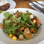 salad is good