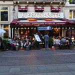 Cafe Coeur Couronne