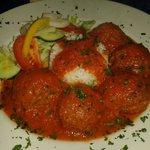 Soutzoukaki (spicy meat balls)