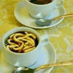 Rajah caffè e caffè indiano servito nel locale, buonissimi!