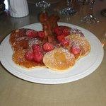Lemon-mascapone pancakes