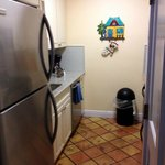 Kitchen area, unit #3; this pic doesn't do it justice...it was nice.