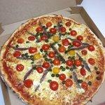 La pagnol ( anchois câpres tomates cerises )