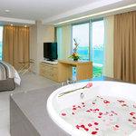 Habitacion Jacuzzi Suite