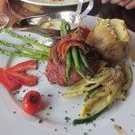 Filet Mignon mit Speck umwickelt