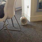 Das war die einzige Heizung mit der wir das 40qm-Zimmer bei 11Grad Aussentemperatur wärmen konnt