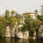 La Villa Hugon surplombe l'Ardèche