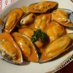 New Zealand Green-lipped Mussels with a Thai coconut cream sauce