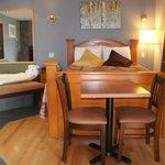 queen suite with jaccuzzi