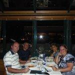 Cenando con nuestros amigos
